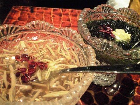 銀座「おおつき」のジュンサイの酢の物、生海苔の酢の物