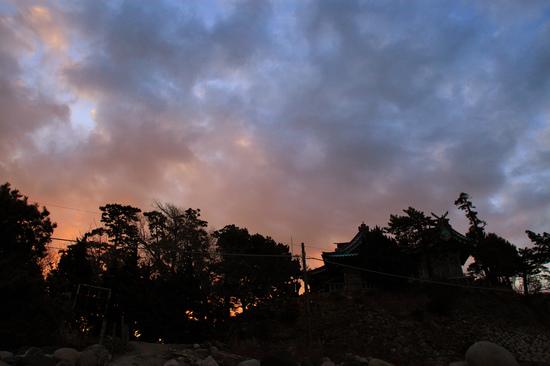 早朝の大瀬神社