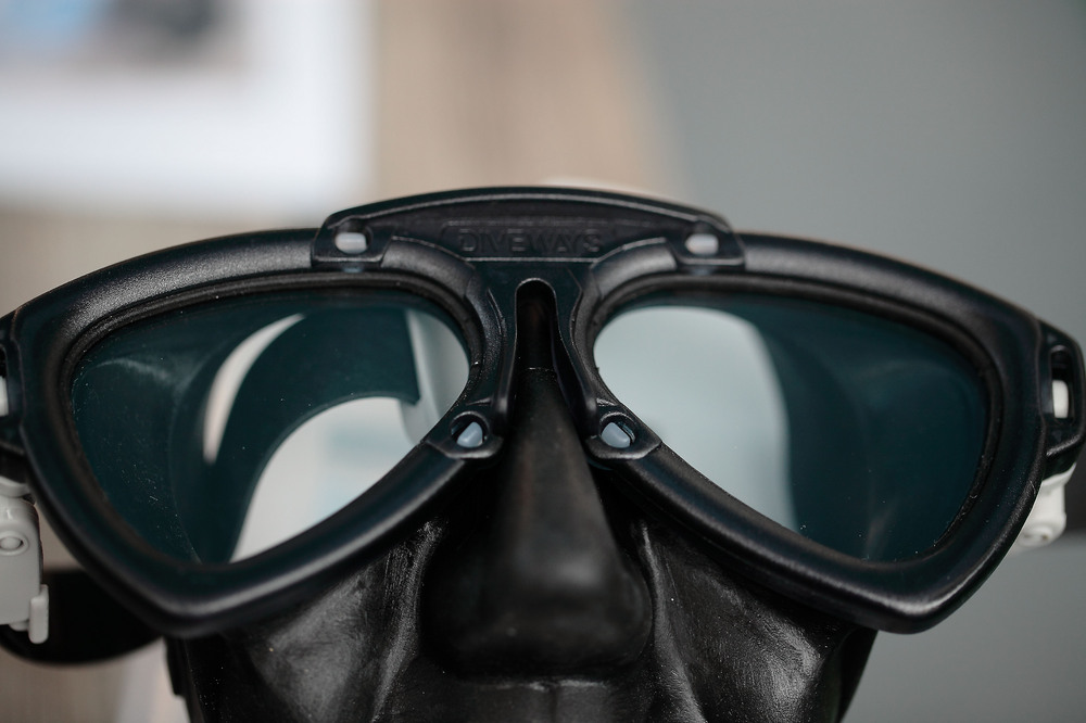 DIVEWAYS社の新型マスク AMA=EYE-EYE